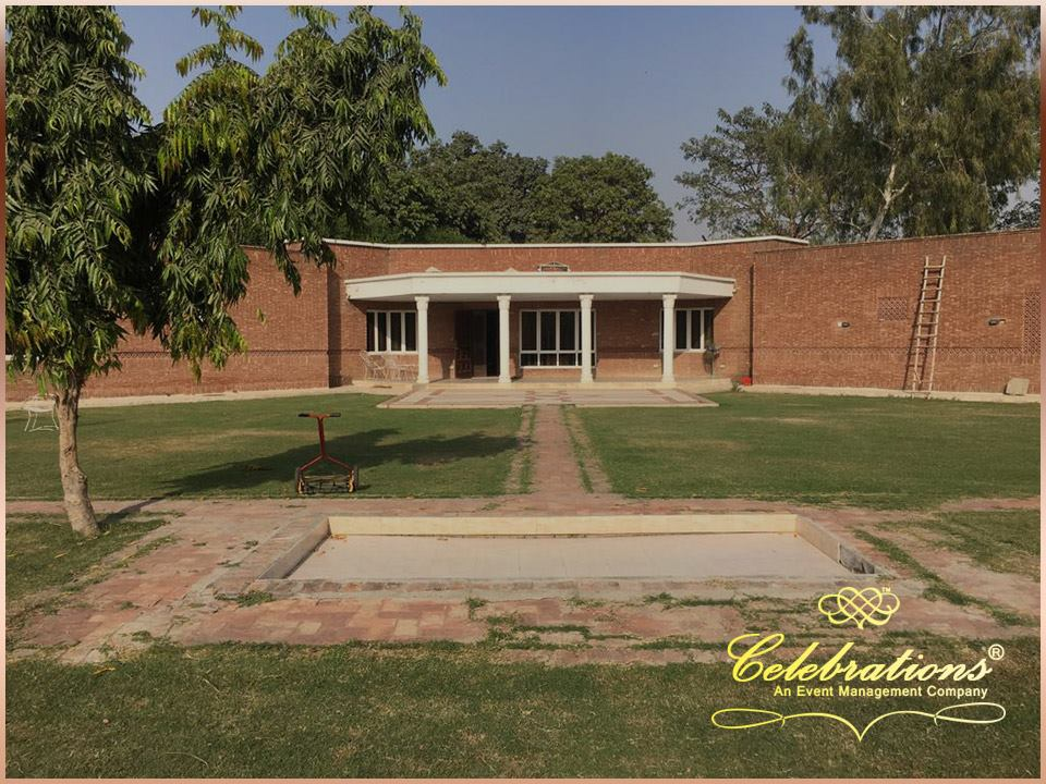 Abdullah Farm House - Booked.pk