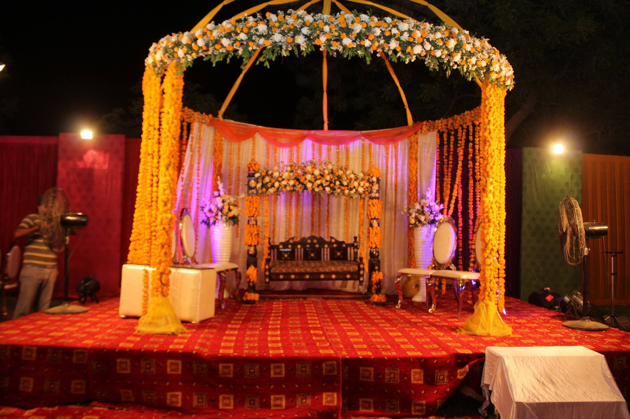 M.R Tent House and Decorations - Booked.pk
